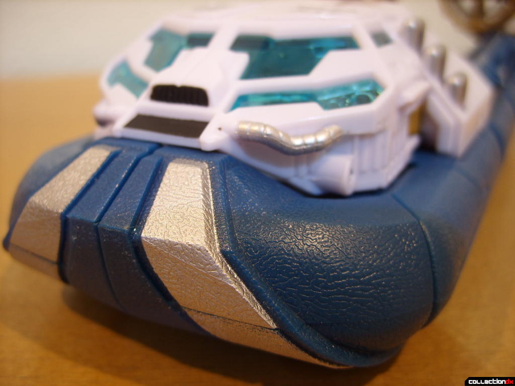Voyager-class Autobot Sea Spray- vehicle mode (front of skirt)