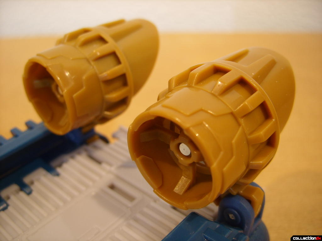 Voyager-class Autobot Sea Spray- vehicle mode (turbofan engines, front)
