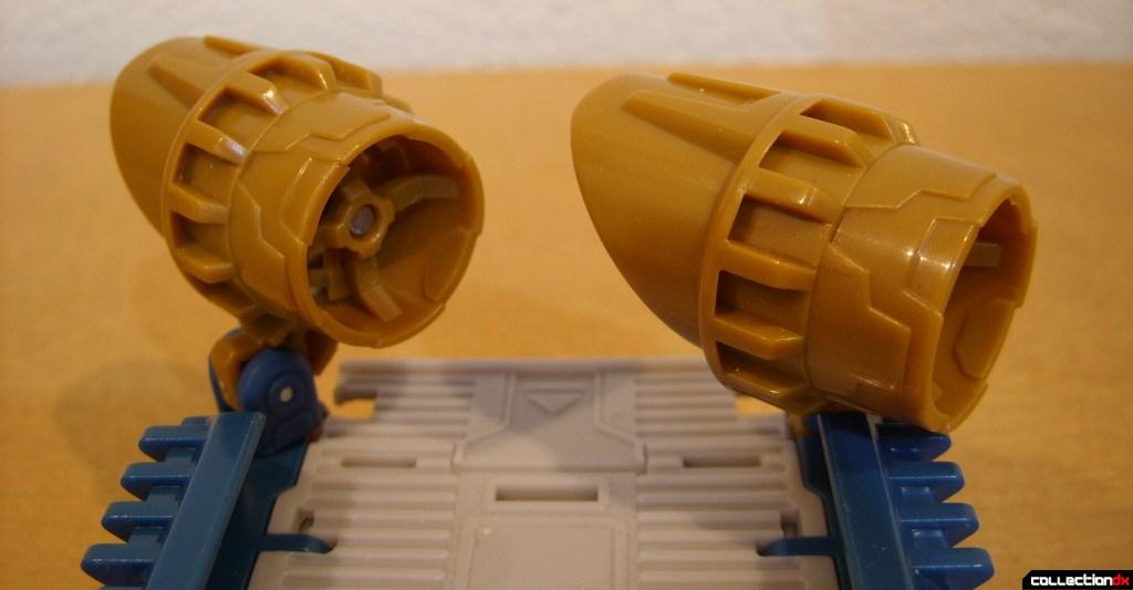 Voyager-class Autobot Sea Spray- vehicle mode (turbofans turning hovercraft to the right)