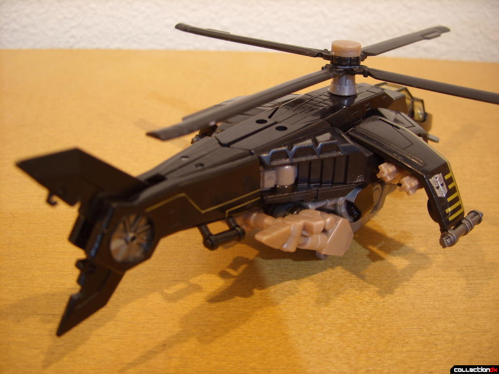 Deluxe-class Autobot Tomahawk- vehicle mode (back)
