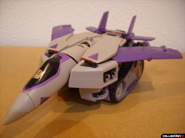 Voyager-class Decepticon Blitzwing- jet mode (front)