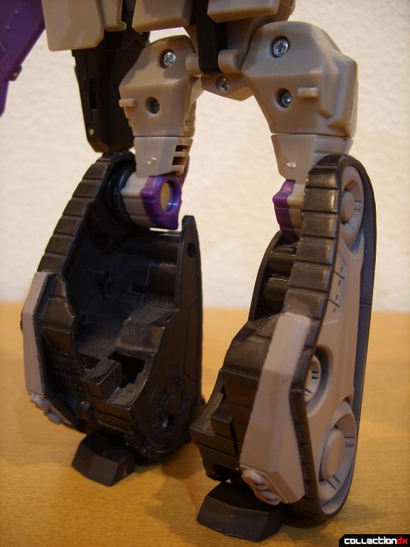 Voyager-class Decepticon Blitzwing- robot mode (legs, back)