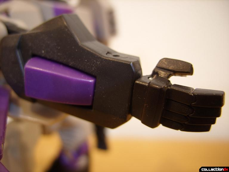 Voyager-class Decepticon Blitzwing- robot mode (right forearm and hand)