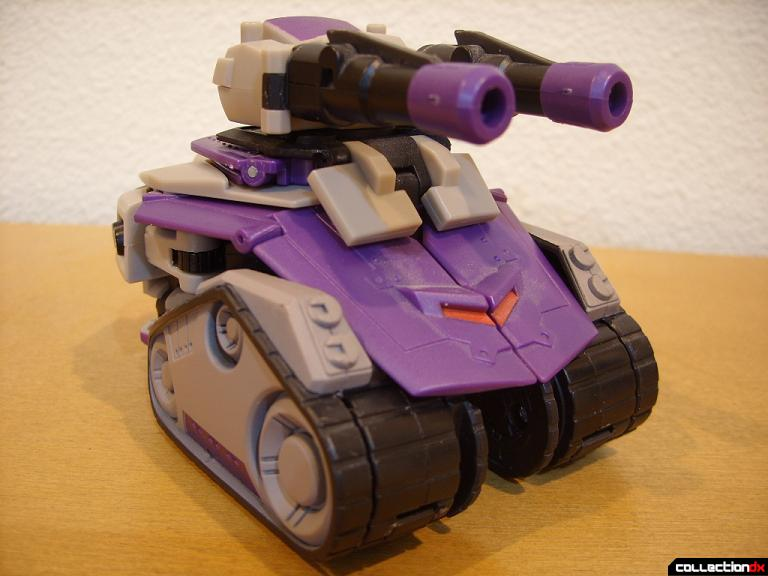 Voyager-class Decepticon Blitzwing- tank mode (front)