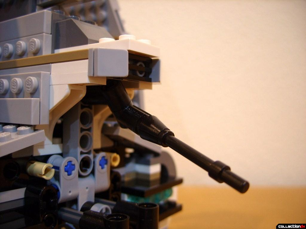 Emperor Palpatine's Shuttle (aft cannon, posed)