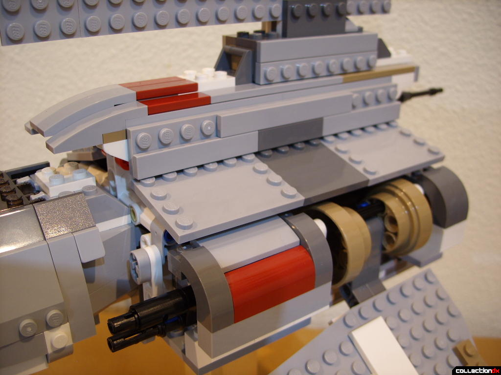 Emperor Palpatine's Shuttle (fuselage detail, left side)