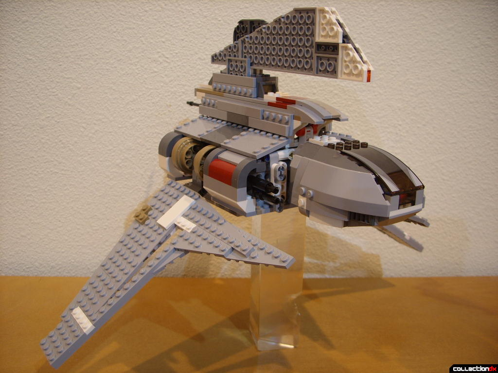 Emperor Palpatine's Shuttle (wings lowered, front)