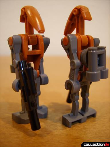 Droid Tri-Fighter (two Rocket Battle Droid minifigs, posed front and back)