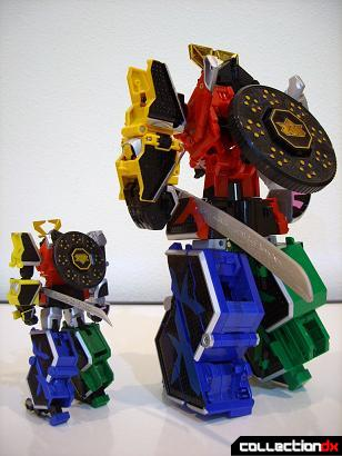 back- Super Robot Chogokin Shinken-Oh (L) and DX Samurai Gattai Shinken-Oh (R)