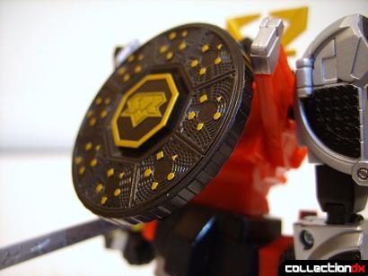 Super Robot Chogokin Shinken-Oh (Hiden Shield attached to back)