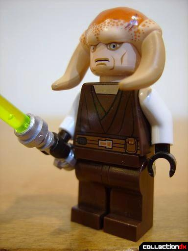 T-6 Jedi Shuttle minifig - Saesee Tiin (front)