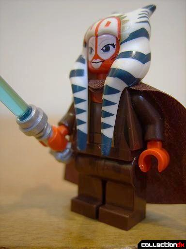 T-6 Jedi Shuttle minifig - Shaak Ti (front)