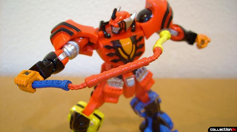 Retrofire Jungle Pride Megazord posed (1)