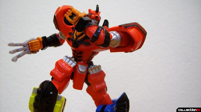 Retrofire Jungle Pride Megazord posed (4)
