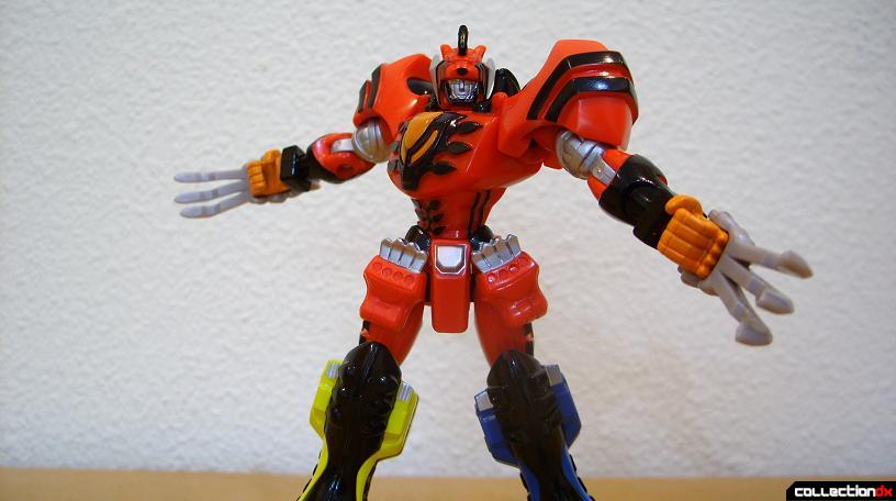 Retrofire Jungle Pride Megazord- Savage Spin attack (2)