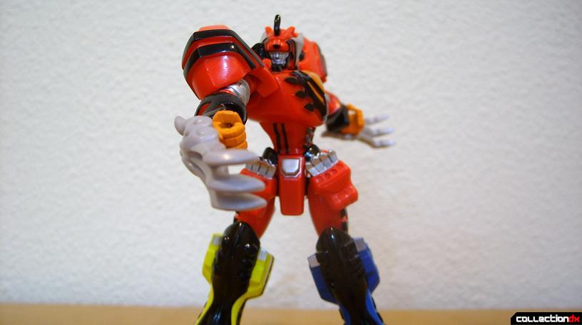 Retrofire Jungle Pride Megazord- Savage Spin attack (6)
