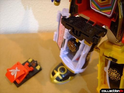 Gokai Machine Set 02- Pat Striker (15)