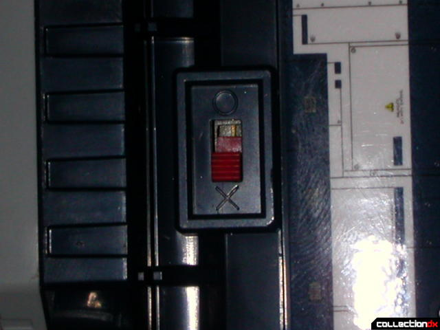 DaiVoyager- On-Off switch (on left thigh)
