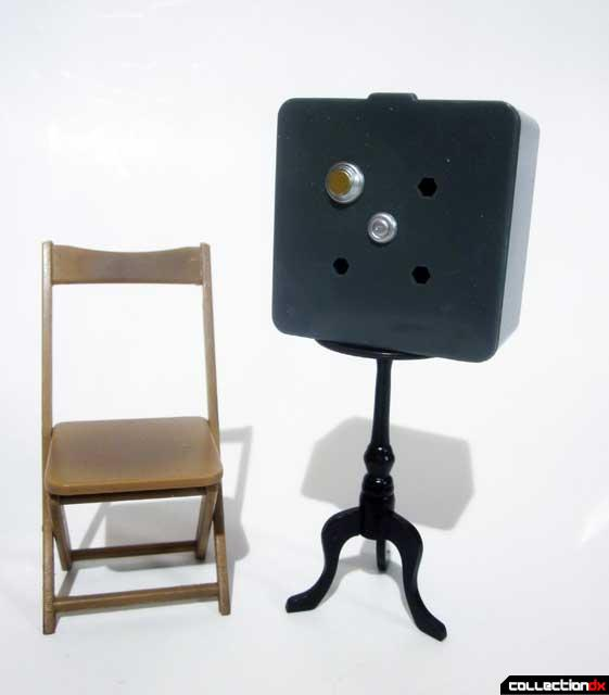 cdx-lupin-chair-safe-table