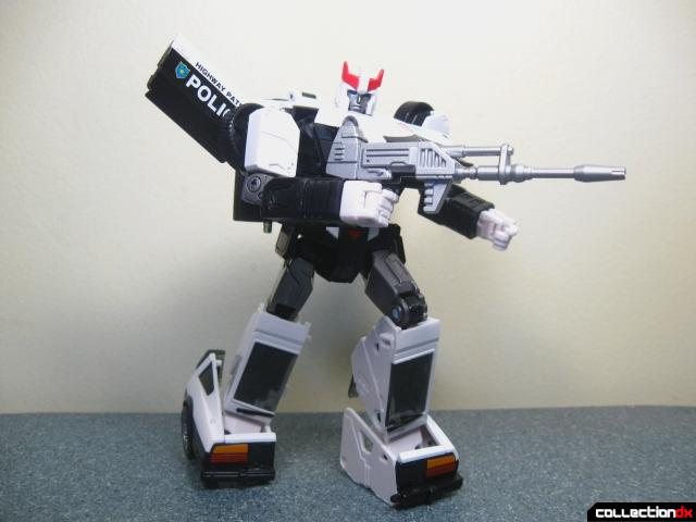 masterpiece prowl 30