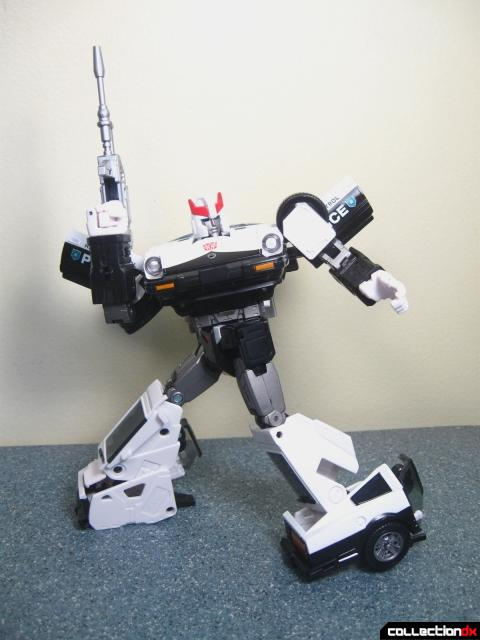 masterpiece prowl 32