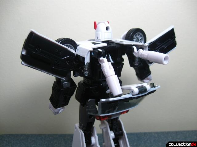masterpiece prowl 34