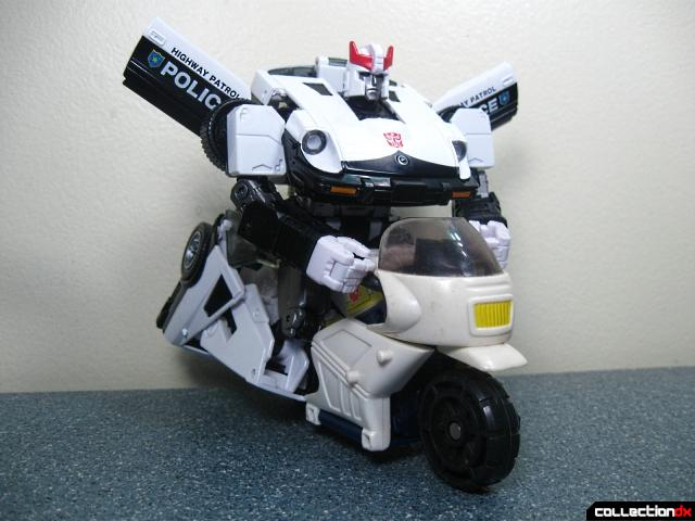 masterpiece prowl 47