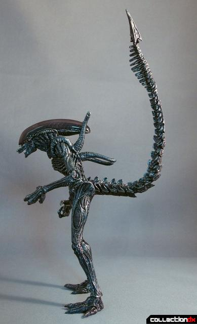 monsterarts alien warrior 2