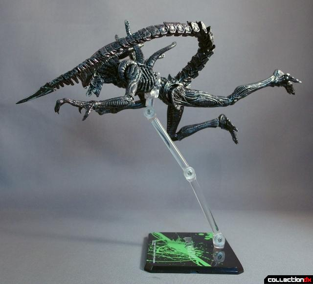 monsterarts alien warrior 8