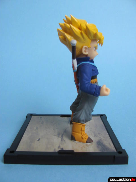 Trunks Side