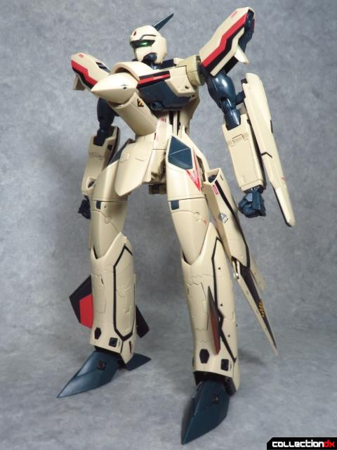 chogokin vf-19 advance 1
