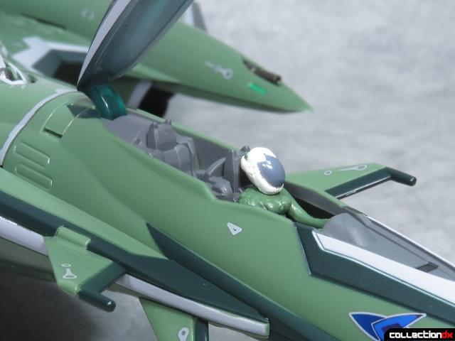 chogokin vf-27 new head plus 32