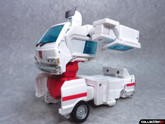 masterpiece ratchet 25