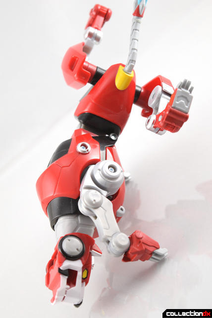 Voltron-Legendary-Red-Lion-17