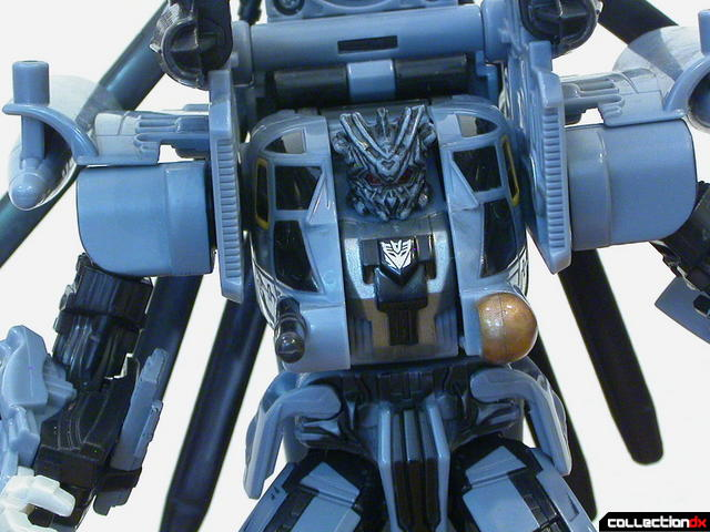 Decepticon Blackout- robot mode (upper body detail, posed)