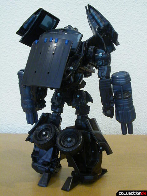 Autobot Ironhide- robot mode (back)
