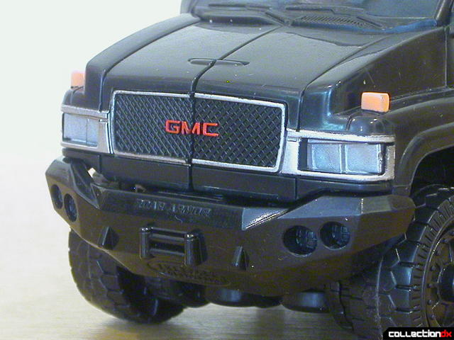 Autobot Ironhide- vehicle mode (nose detail)