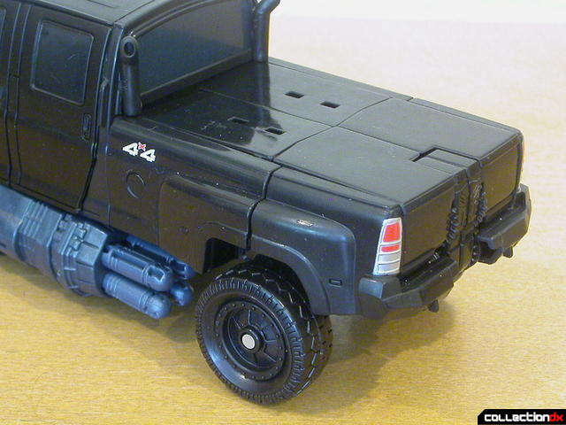 Autobot Ironhide- vehicle mode (truck bed detail)