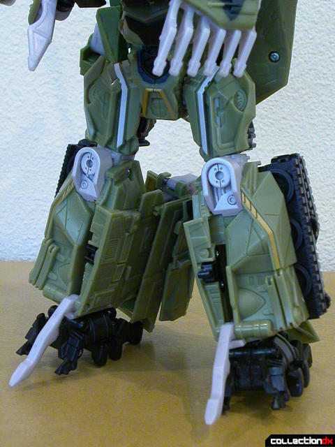 Decepticon Brawl- robot mode (lower legs detail)