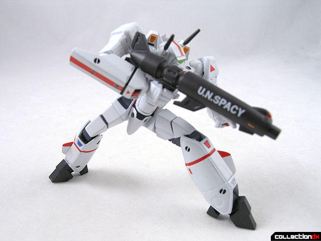 The Launching of DX Chogokin figure, VF-1A pilotted by