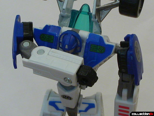 Autobot Mirage- robot mode (arm range-of-motion)