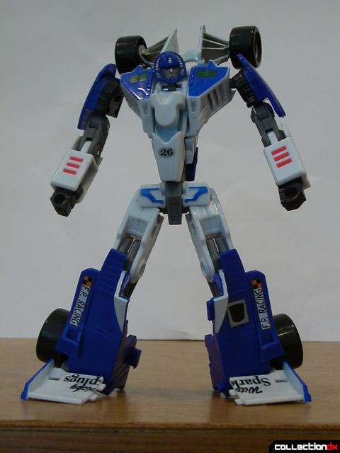 Autobot Mirage- robot mode posed (5)