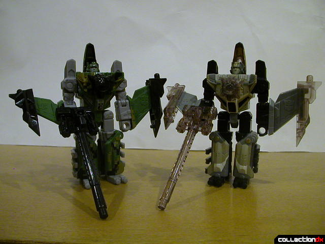 Autobots Air Raid (left) and Skyblast (right) in robot mode (Energon accessories attached)