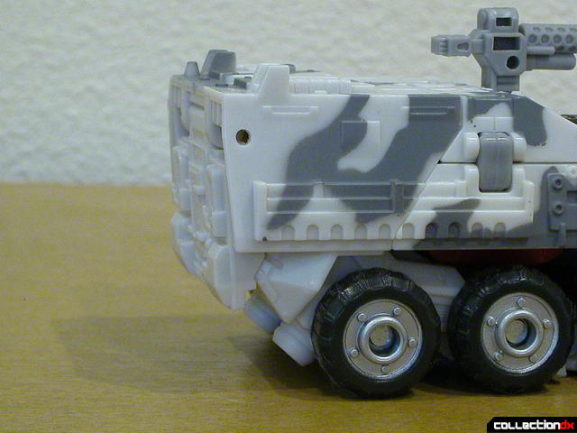 Decepticon Wreckage- vehicle mode (back detail)