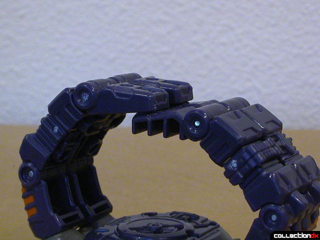 Decepticon Meantime- disguise mode (wristband detail, connected)
