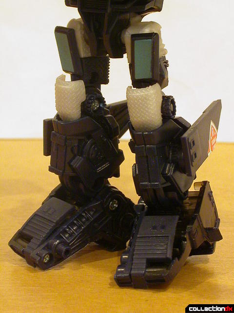 Decepticon Payload- robot mode (legs detail)