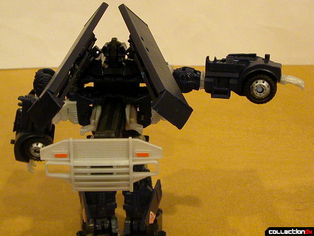 Decepticon Payload- robot mode (right arm raised)