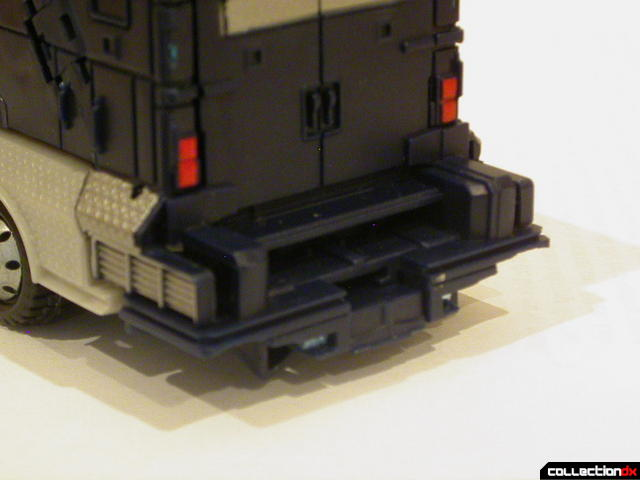 Decepticon Payload- vehicle mode (back detail)