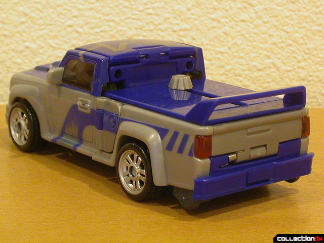 Decepticon Dropkick- vehicle mode (back)