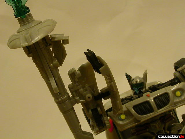 Final Battle Jazz- robot mode (attaching cannon to arm, 1-2)